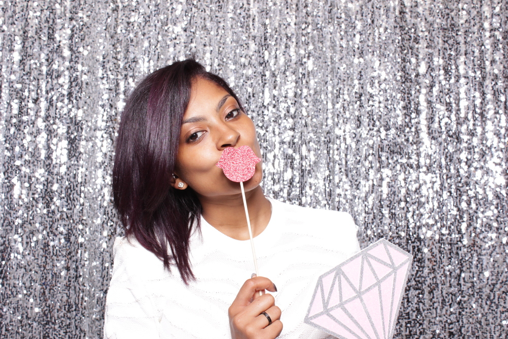 A LADY V AFFAIR | HOT PINK PHOTO BOOTH
