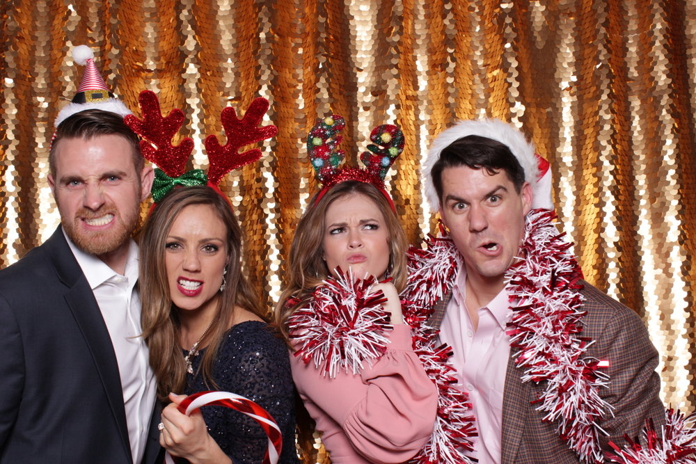 KPMG HOLIDAY PARTY | HOT PINK PHOTO BOOTH