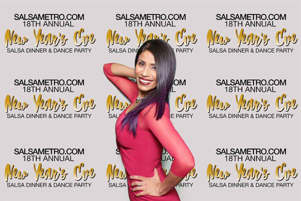 SALSAMETRO | HOT PINK PHOTO BOOTH