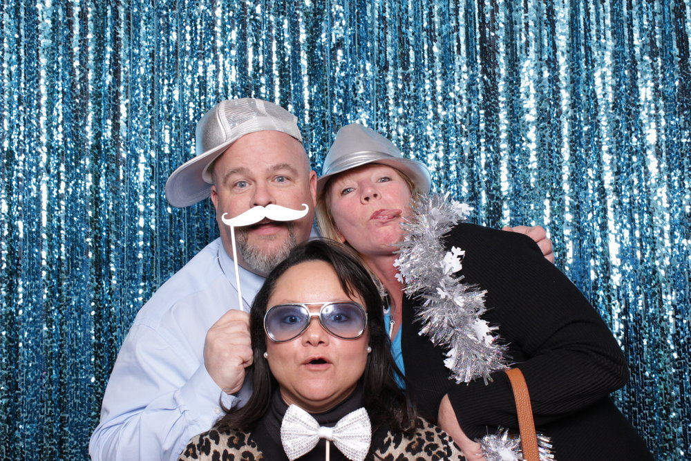 MEDSTAR HEALTH HOLIDAY PARTY | HOT PINK PHOTO BOOTH