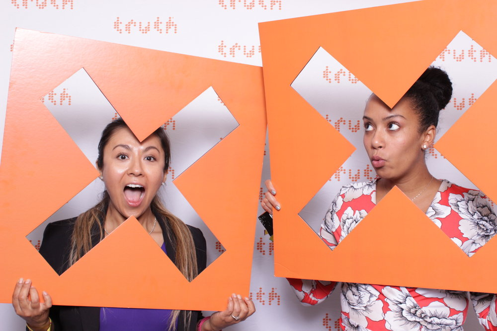 TRUTH | MCON | HOT PINK PHOTO BOOTH