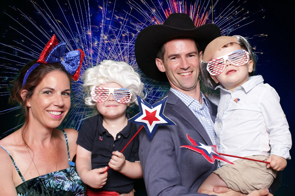 U.S. DEPARTMENT OF STATE FOURTH OF JULY | HOT PINK PHOTO BOOTH