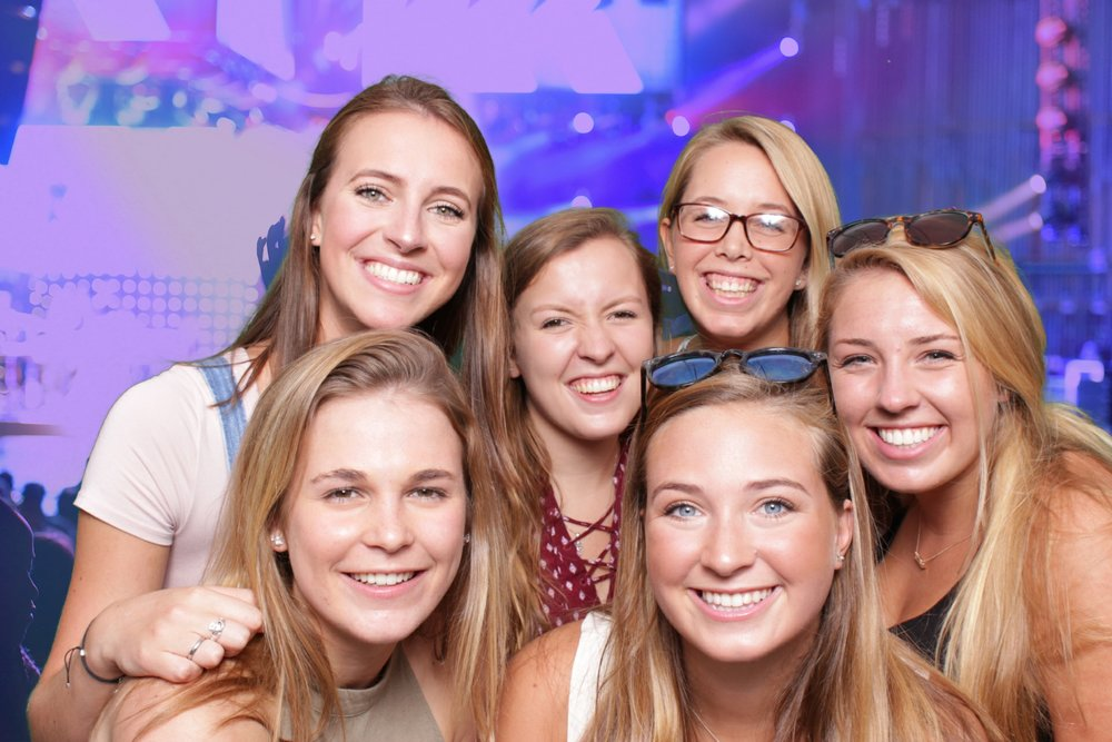 WOLF TRAP | GOO GOO DOLLS | HOT PINK PHOTO BOOTH