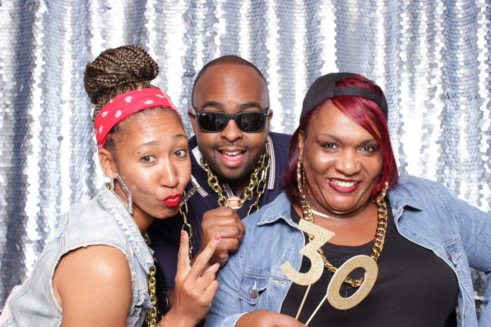 DEMETRIOUS' 30TH BIRTHDAY | HOT PINK PHOTO BOOTH