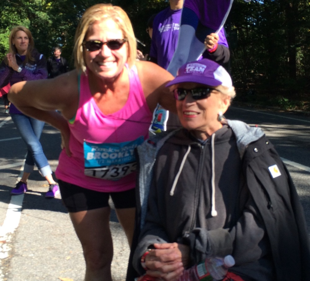 Full stop during the Brooklyn Half to chat with  Harriett