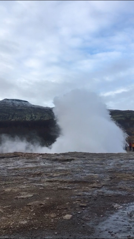 Haukadalur geysir - the big one