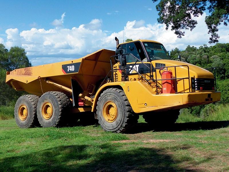 CAT 740 RT.jpg