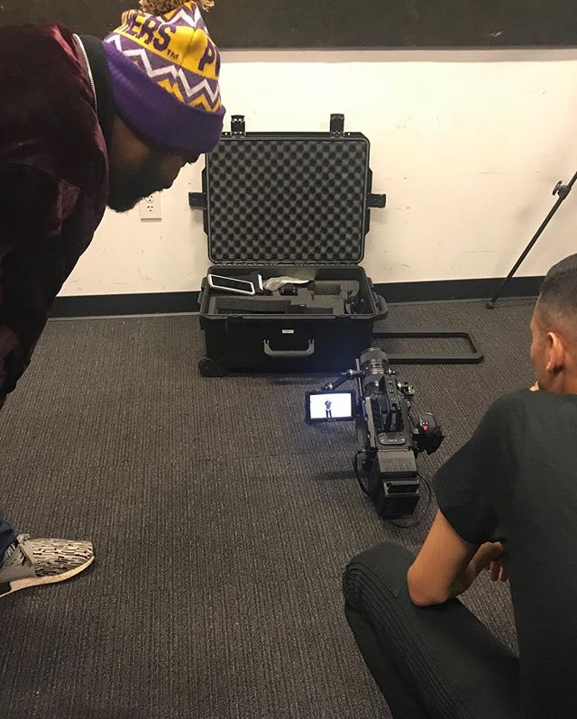 Here's some behind the scenes footage of our interview with one of Austin's hottest artist D.R.O.I.D Thank you! so much for sharing your story. Enjoyed the interview! Look for the new LP coming soon! Forever's this will be a hot 🔥 album 🎥🎤🎼@yaboidroid @h2entgroup @mrnv45 #austin #austinmusic #music #hiphop #austinhiphop #ownyourmonk #ownyourmaverick #monksnmavericks #monksandmavericks
