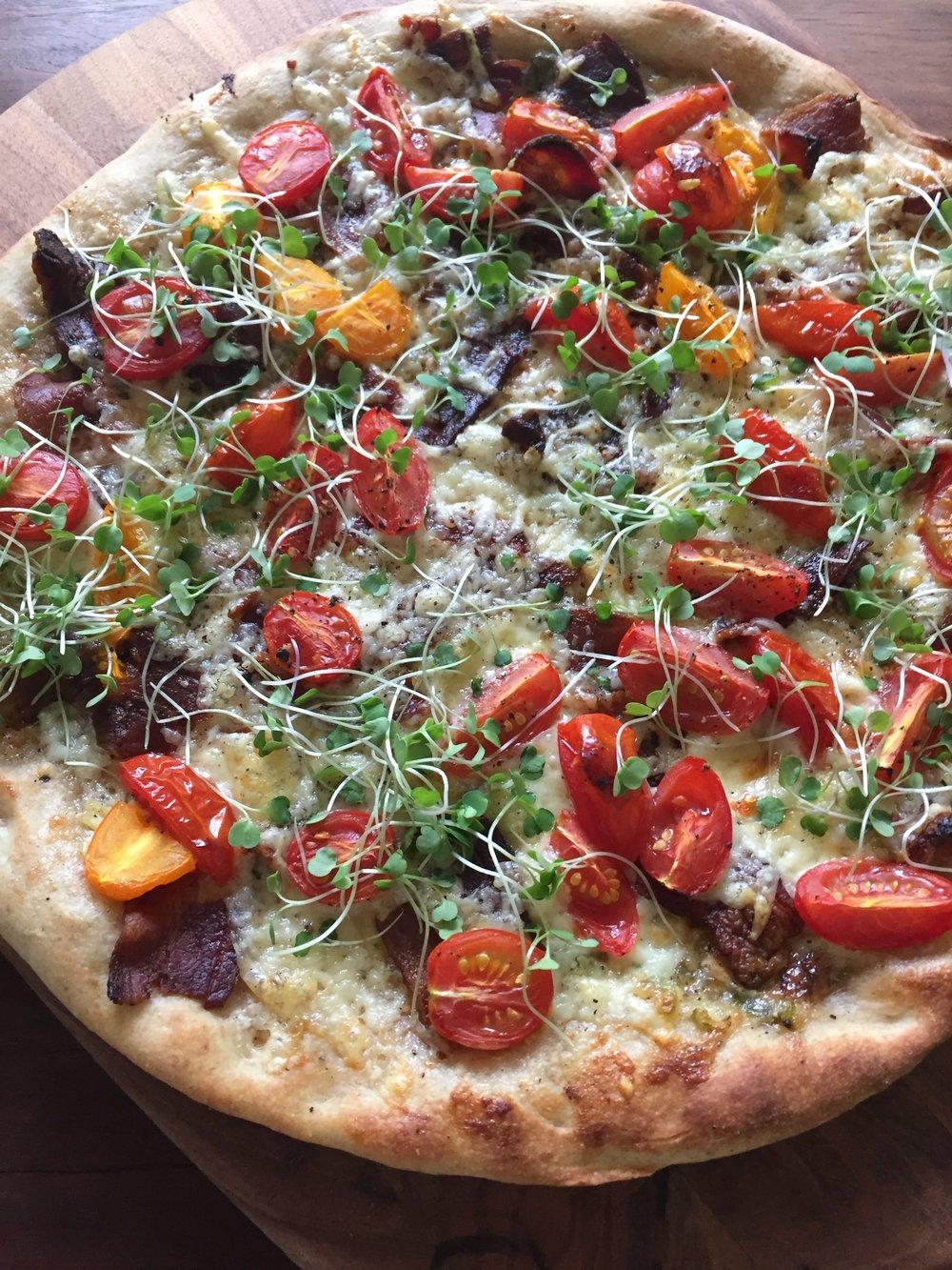 BLT pizza photo.JPG