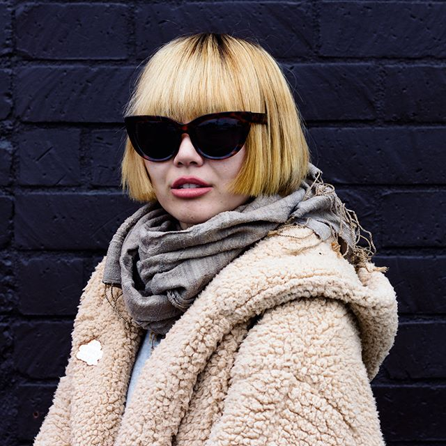 @nogenderbrand looking killer In a blunt bob inspired by Natalie portmans character in The Professional! Also this was taken that ONE week it was cold here in LA.  #bundledup #nogenderfashion #bluntbob #coolgirl #getframed #santamonicasalon #hairstory #hairbalm #shades #lahairstylist