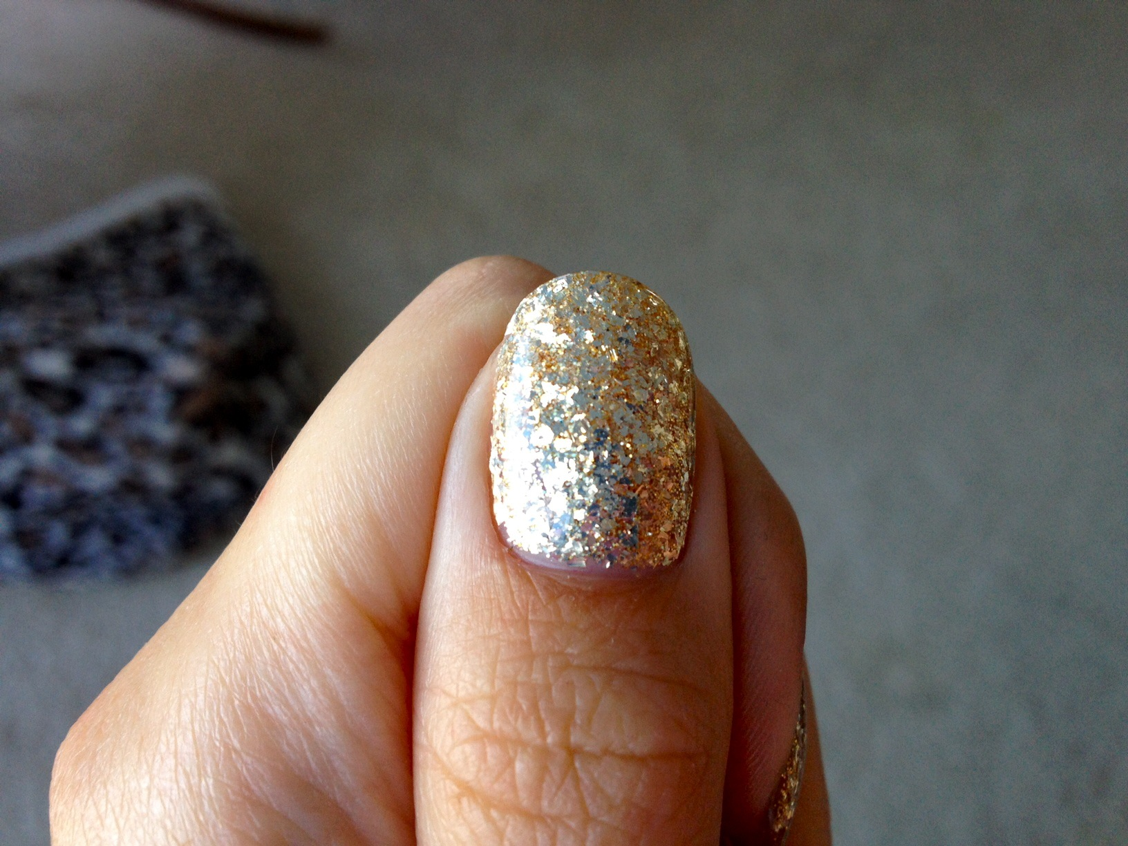 Gold Glitter Gelicure_Pampered Hands_4