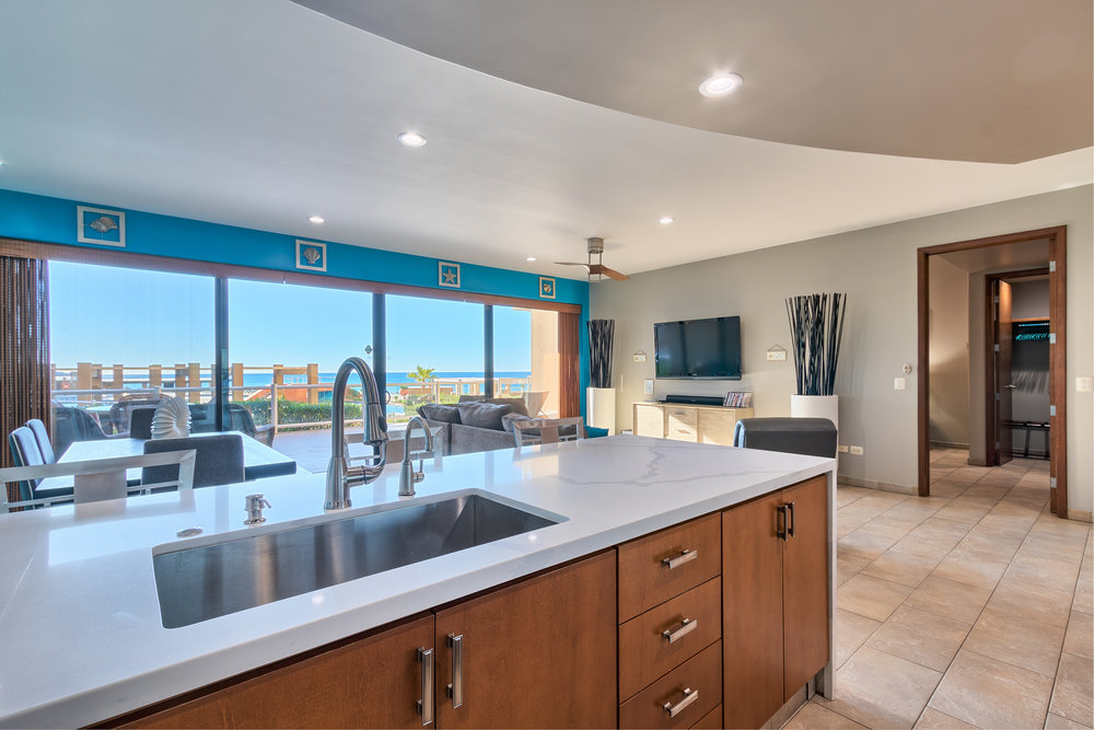 2 BEDROOM - CLICK FOR MORE PHOTOS + INFO