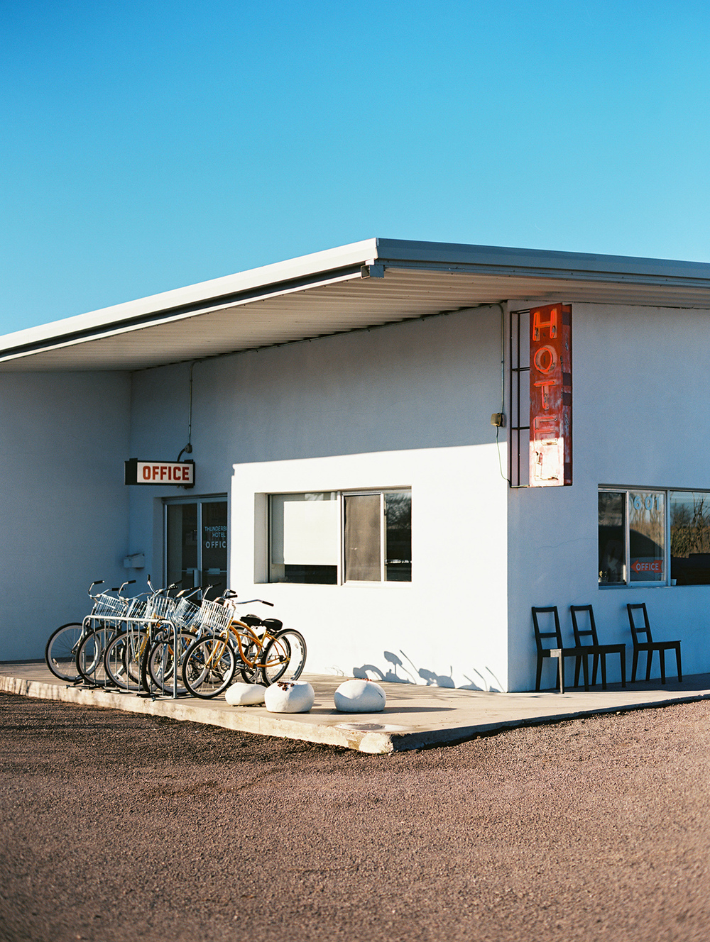 marfa_texas_film_travel_photography_14.jpg