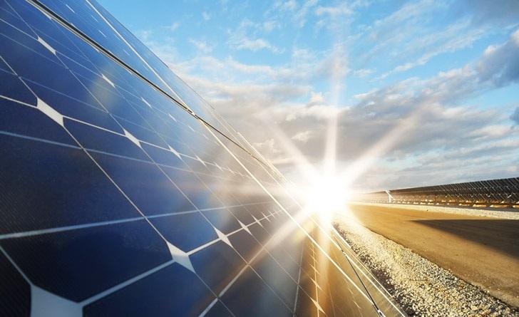solar-panel-sun-flare_resize.jpg