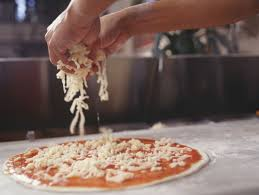 pizza-mmaking-kids-workshop-events-shopping-centre-the-party-girl.jpg