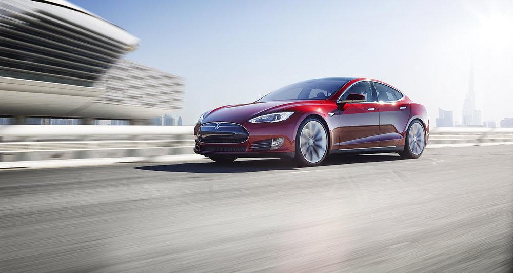 Tesla Model S: Source www.tesla.com