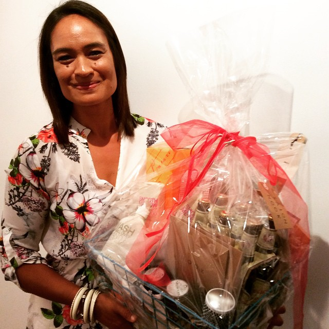 Our beautiful client Jess, was our lucky winner of the Rebook and win hamper, full of great goodies #rebookandwin #champagneandchocolates #goldcoastsalon #giftvouchers