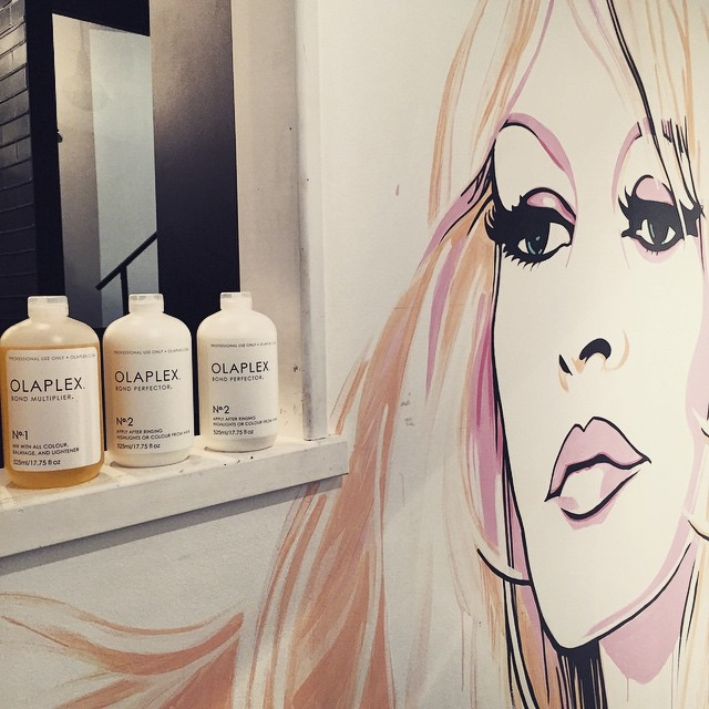 Mmm Olaplex is the best. Care for your hair as we lighten #Olaplex #salonnook #blondelove #lightenwithcare