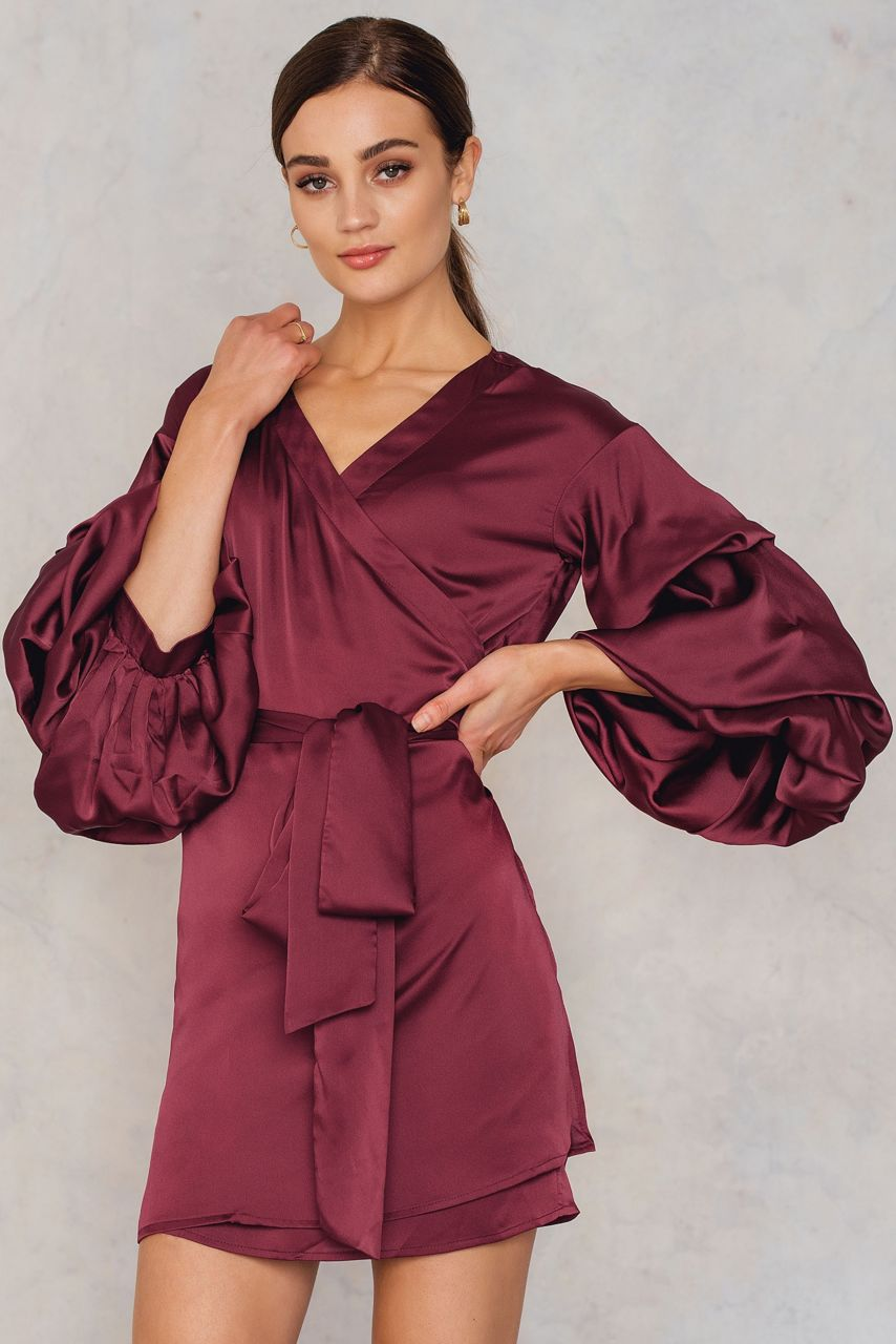 hot___delicious_bubble_sleeve_satin_dress_1553-000004-0212_01j.jpg
