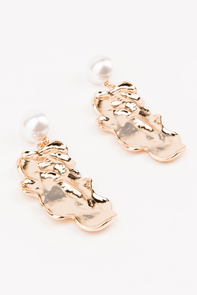nakd_pearl_structured_earrings_1015-000589-0013_2_.jpg
