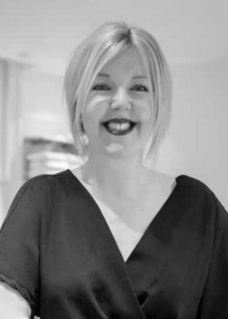 Victoria Queree     School Director   Victoria started her hairdressing career in 1997 with the award winning salon group Rainbow Room International. On completion of her training she went on to work for a number of high profile companies including Toni & Guy, Aveda and feelunique.com.  Alongside numerous hairdressing qualifications Victoria also trained in both beauty and make-up, gaining The Guide to Promotional Make-Up from the prestigious London College of Fashion.  With a keen interest in training Victoria completed The Diploma to Teach in the Lifelong Learning Sector and has taught at both Highlands College in Jersey and more recently Guernsey College of Further Education, where she taught Hair, Beauty & Holistic Therapies.