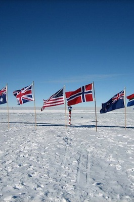 Tours of the South Pole