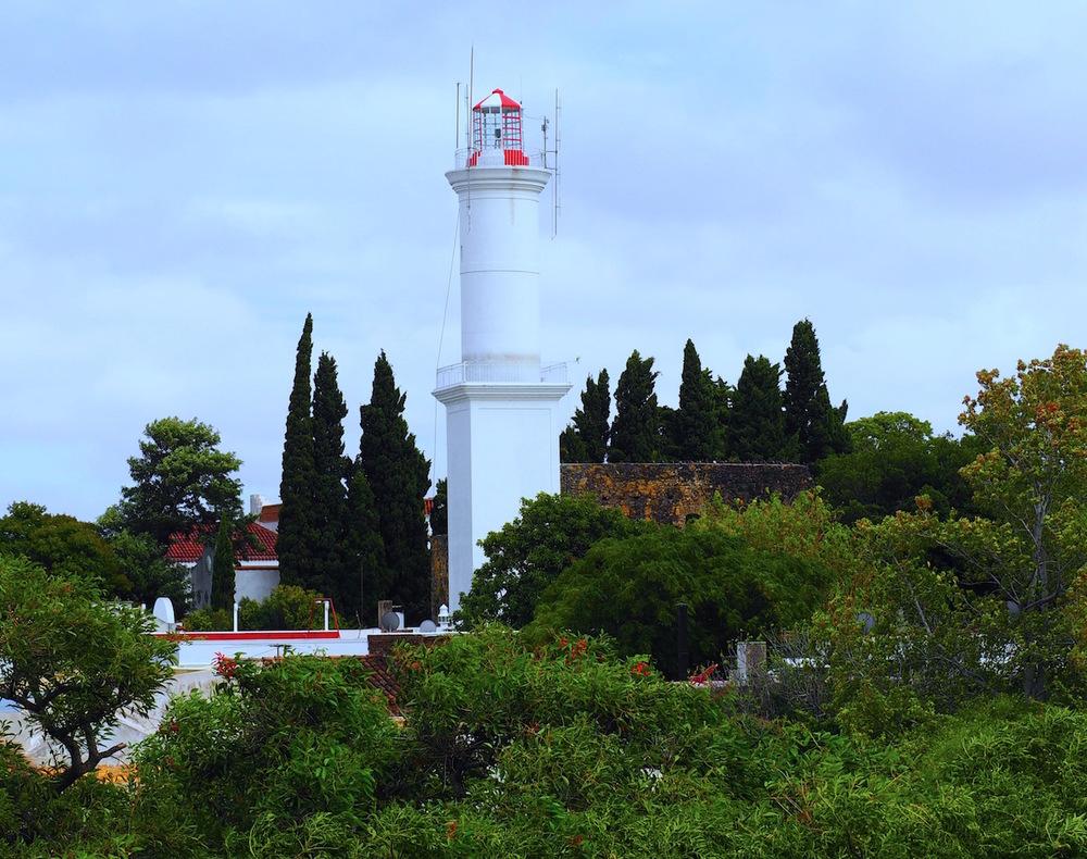 colonia del sacramento lighthouse