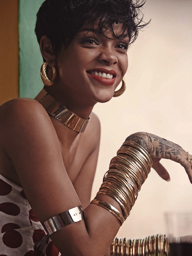 Who-What-Wear-Rihanna-Vogue-Brazil-May-2014-2(1).png