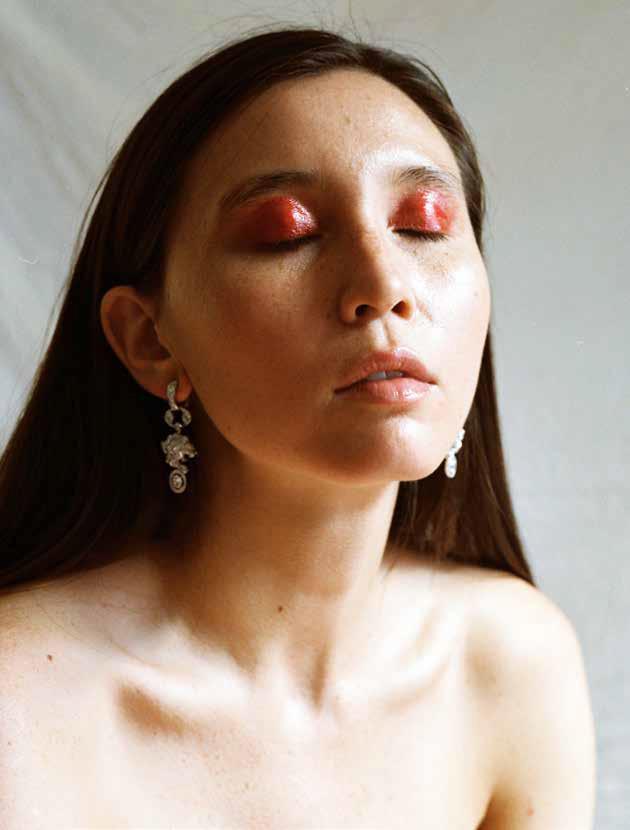 Pg xx Kimbra Chanel Beauty v5-3.jpg