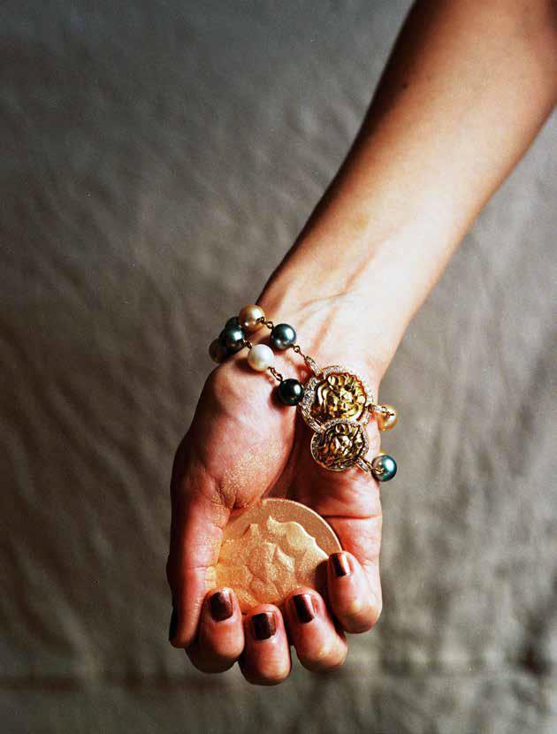 Pg xx Kimbra Chanel Beauty v5-4.jpg