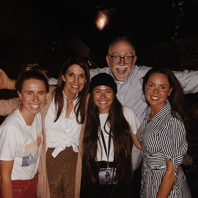 This time last week we were hanging with @bobgoff + @sweetmariagoff at @coloursisterhood but thanks to Audible I can listen to Bob's book with the legend himself reading it!  If you're a reader, read it.  If you like to listen (like ya gal) listen to it!  #everybodyalways