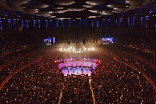 Unbelievable time at the @lead_conf.  Grateful for the opportunity to lead with my dad + team at such an iconic British venue.  It will never be & should never be boring worshiping together in unity, lifting up the name of Jesus.  Photo by @stephalcaino  #praisebreak