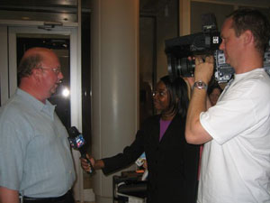 Congratulating Mark Conlee, former mayor of Bryan, Texas.  The election was held May 12, 2007.