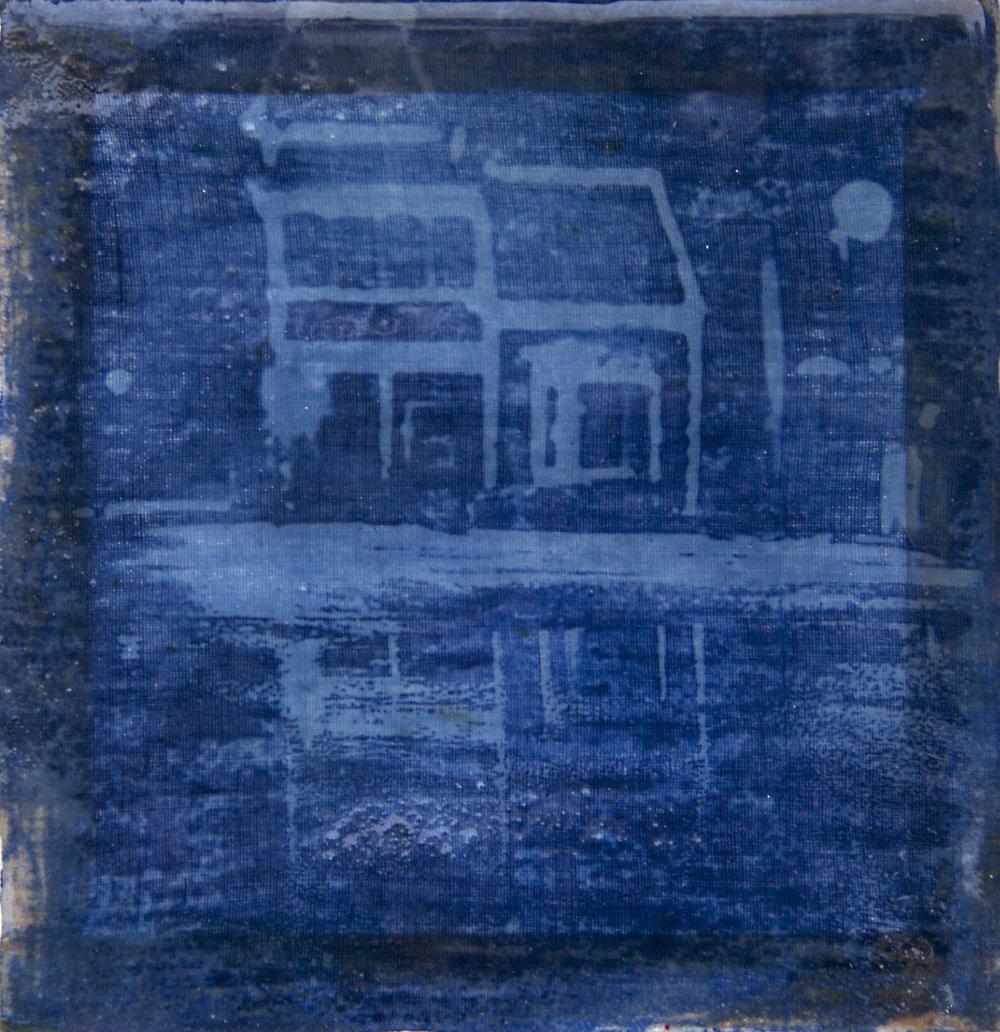 Blue_House_Vermont_Center.jpg