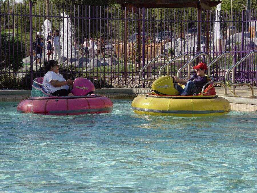 bumper-boats-oasis-fun-center-1.jpg