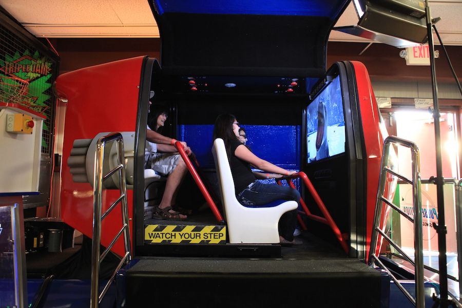 ride-simulator-oasis-fun-center-1.jpg