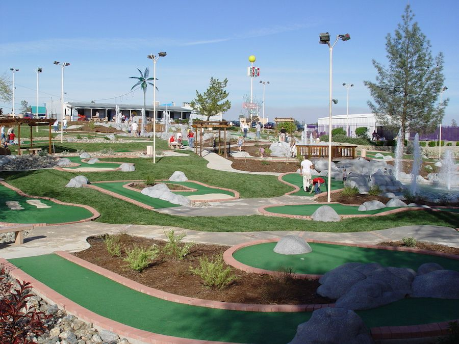oasis-fun-center-gallery-miniature-golf-course-1.jpg