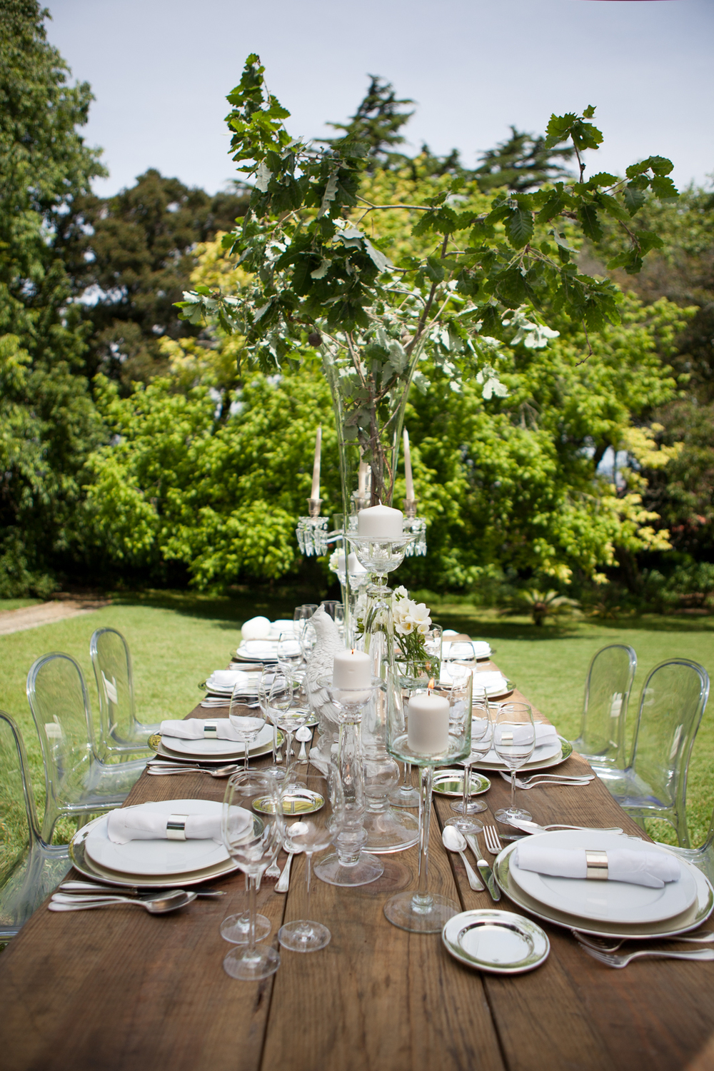 Country theme wedding table setting by The Wedding Portugal