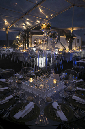 Cozy wedding room atmosphere by The Wedding Portugal.jpg