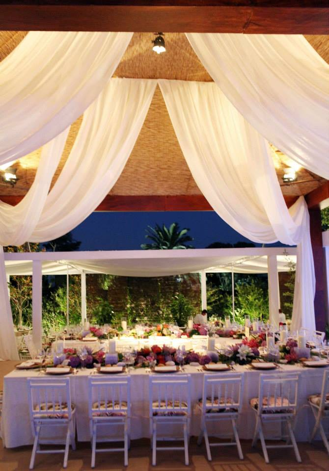 Curtains for wedding venue decor by The Wedding Portugal .jpg