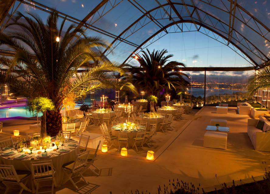 Evening at the wedding venue by The Wedding Portugal.jpg