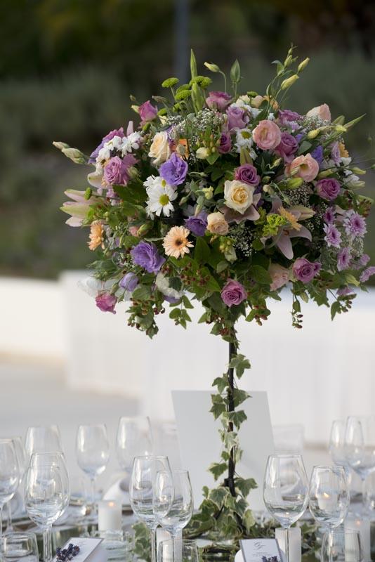 Flower arrangements by The Wedding Portugal.jpg