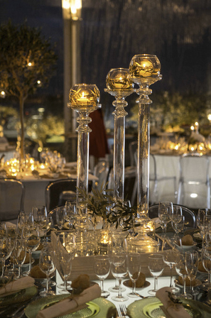 Glass details for the wedding decor by The Wedding Portugal.jpg