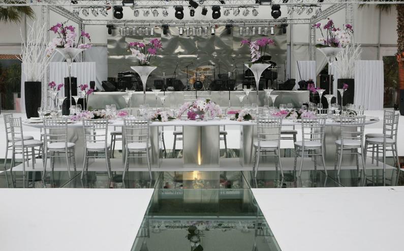 Modern wedding decor in Portugal.jpg
