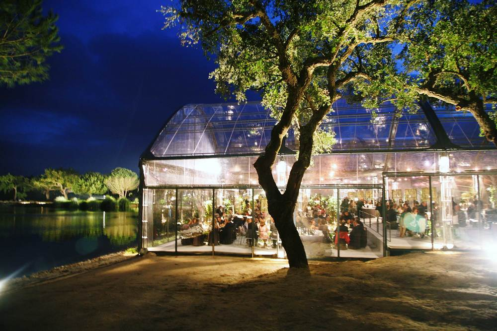 Wedding setting by the lake in Portugal.jpg