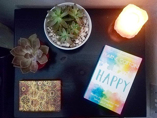 Inspiration from a friend, and a middle of the night TED talk, I have made the decision to give up social media for awhile (with the exception of work accounts!). Have fun everyone, you can find me somewhere with my books, or on what's app 📖❤️ . #socialmediabreak #tedtalk #happy #fernecotton #plantlove #saltlamp #byes