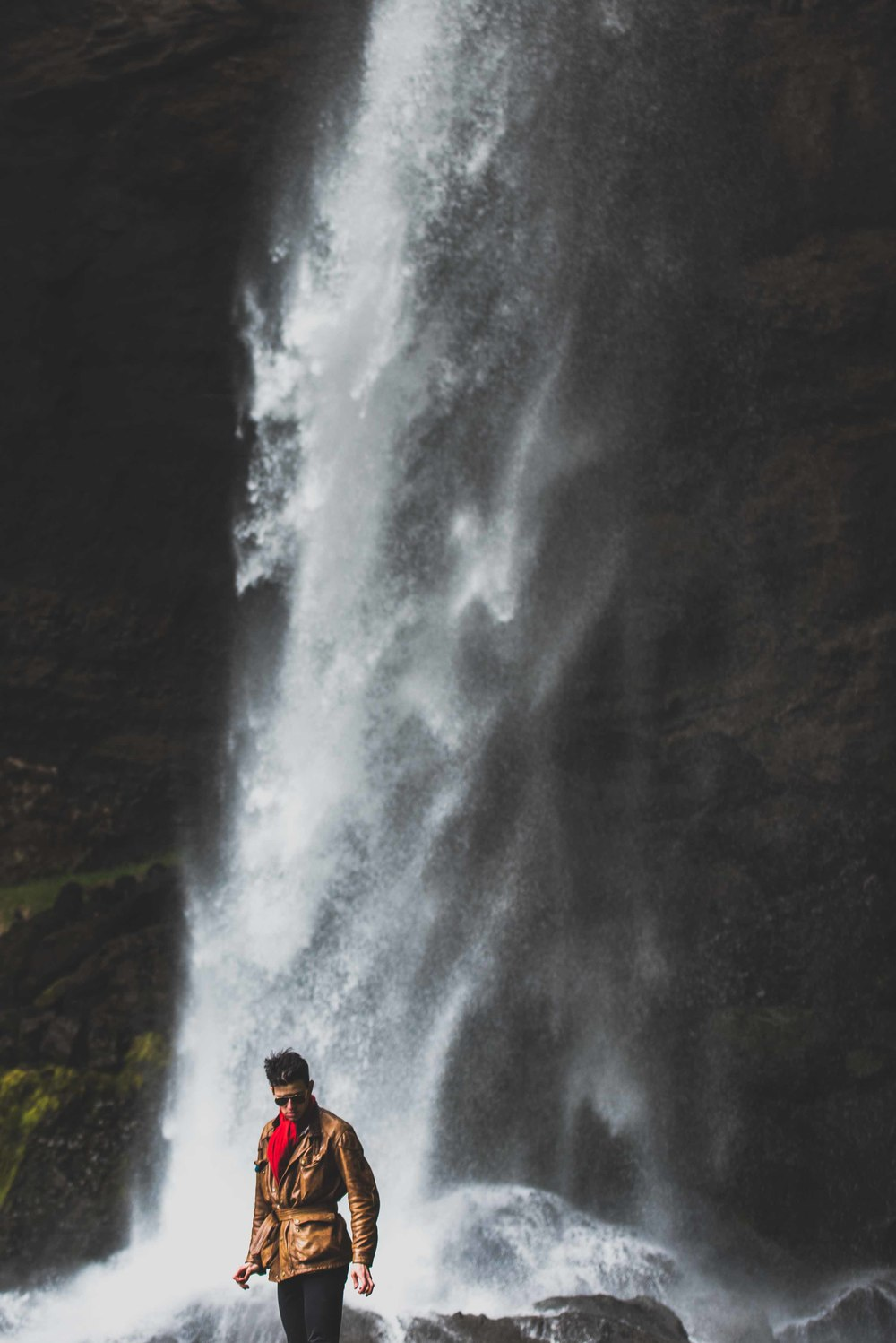 Joe Shutter Bloggar Photographer Iceland Waterfall Photoshoot-25.jpg