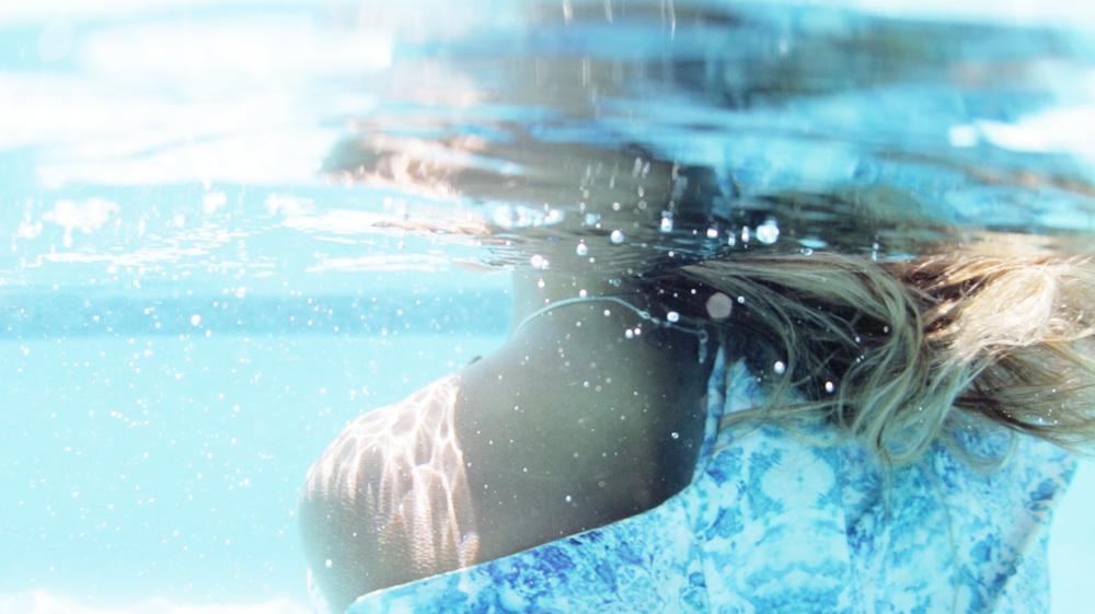 underwater still 1.jpg