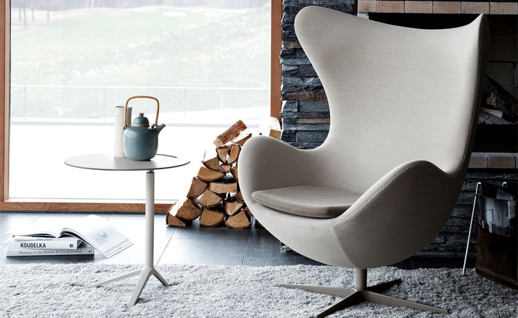 Arne Jacobsen egg chair — wood art & design