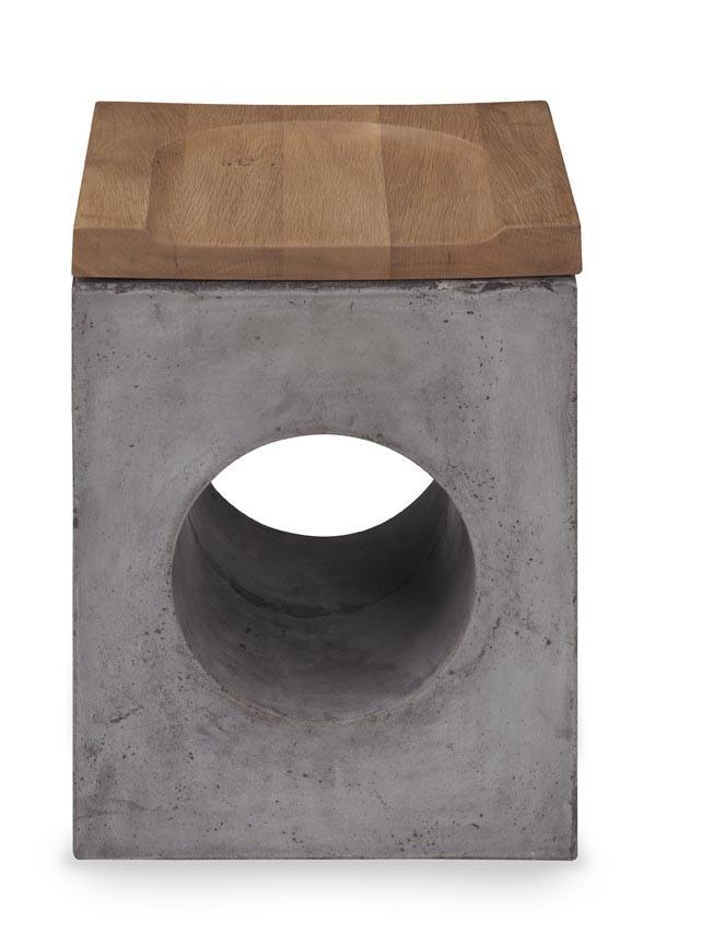 Bilboa_stool.jpg